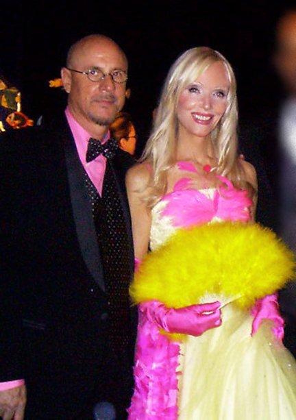 US Annual Helmut and Caroline